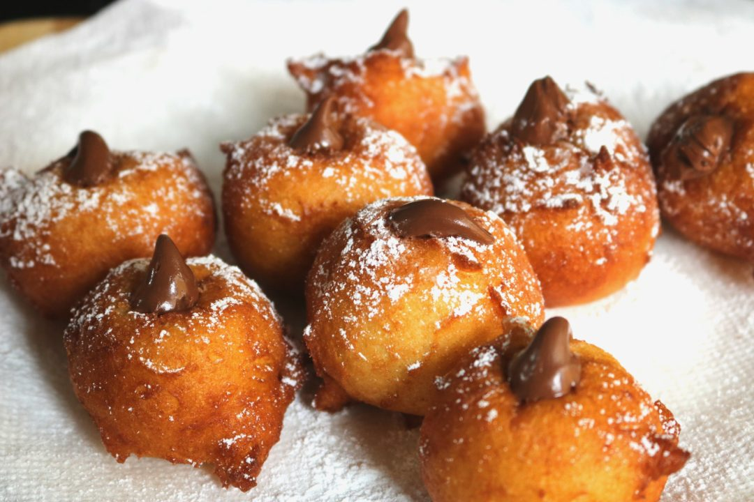 Zeppoles with Chocolate Hazelnut Filling - an easy sweet treat to enjoy at any time of day ~ www.mangiamichelle.com