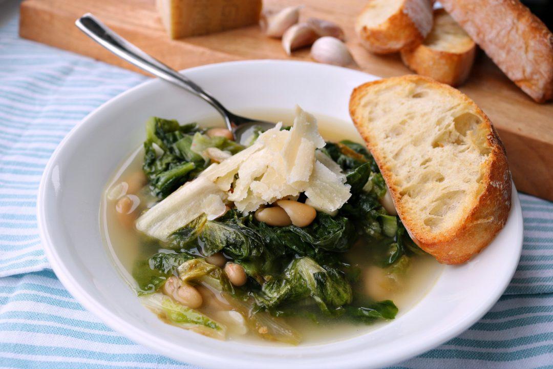 escarole and bean soup, cannellini beans, healthy soup