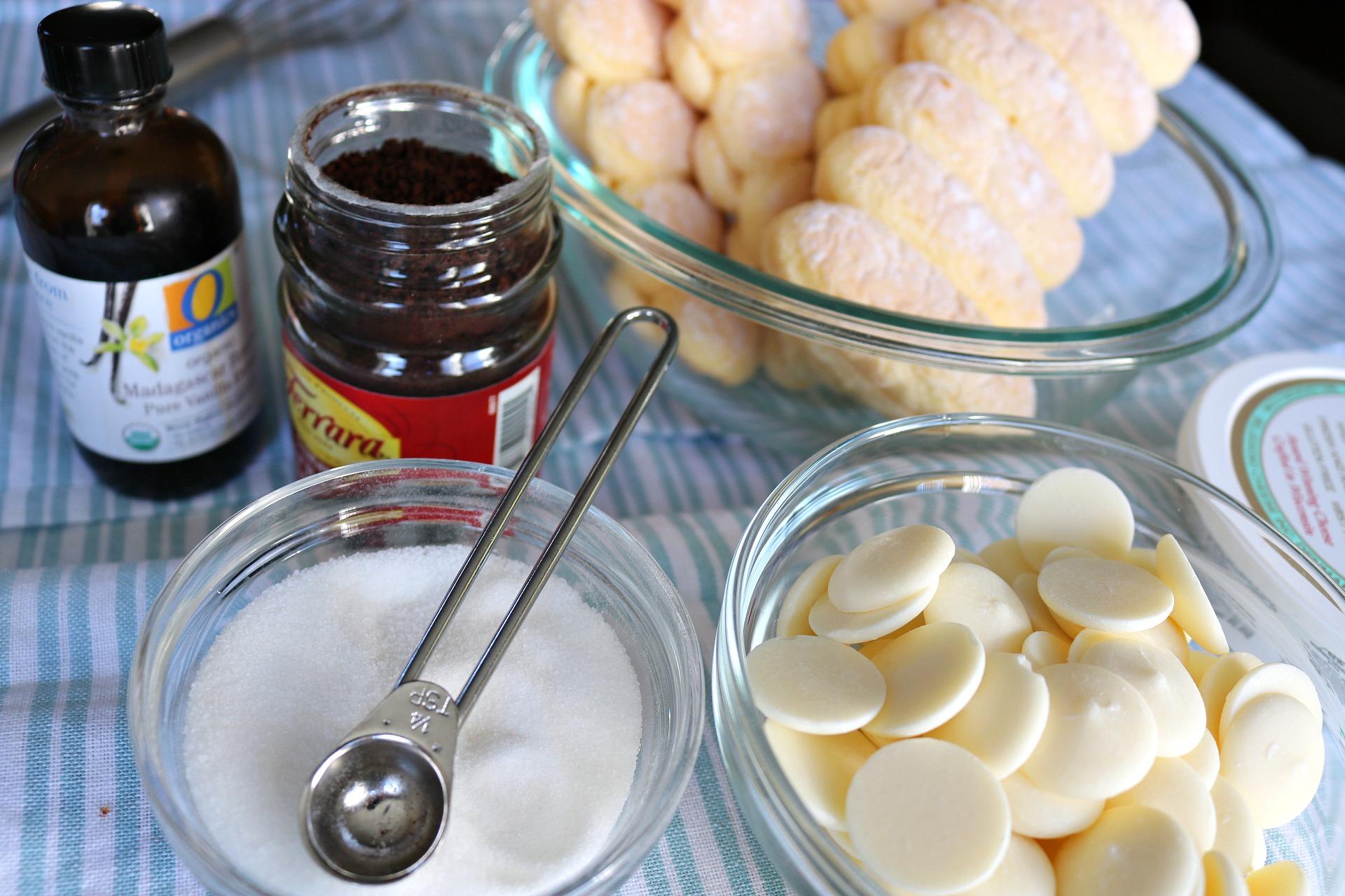 tiramisu, truffle, mascarpone, chocolate chips, vanilla, sugar, espresspo